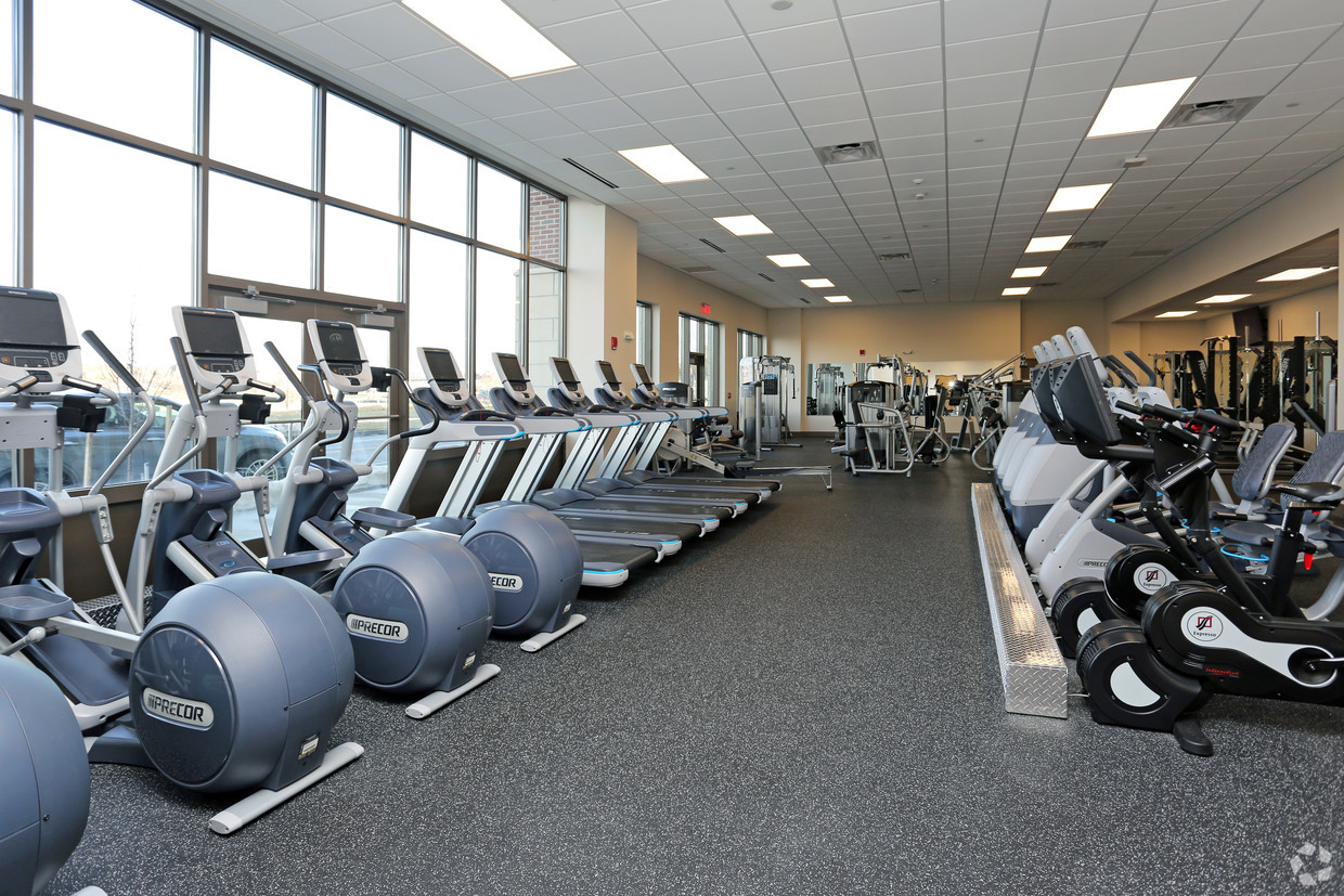 iron-pier-apartments-syracuse-ny-fitness-center (1)