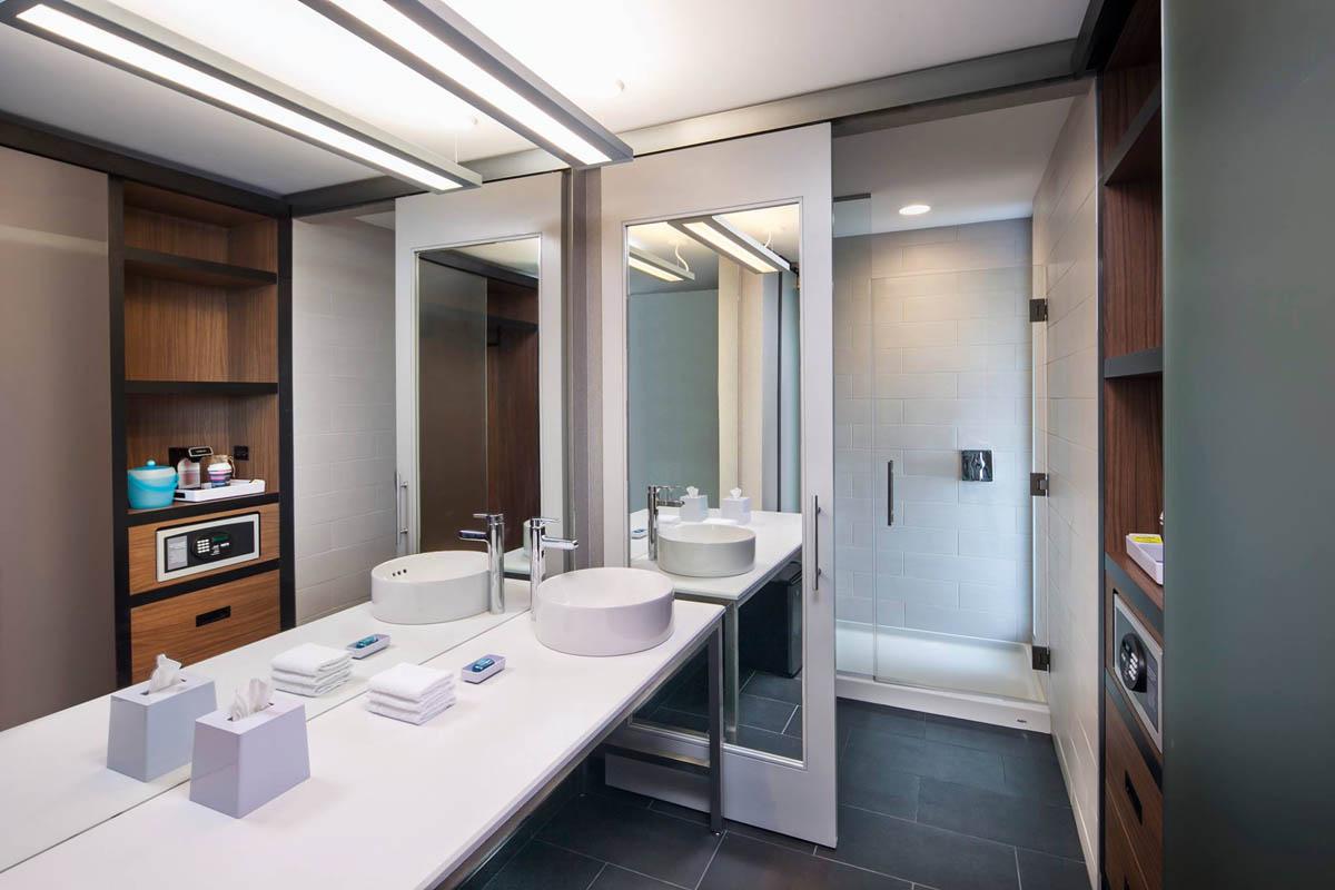 thesyracuseinnerharbor-stay-aloft-hotels-bathroom